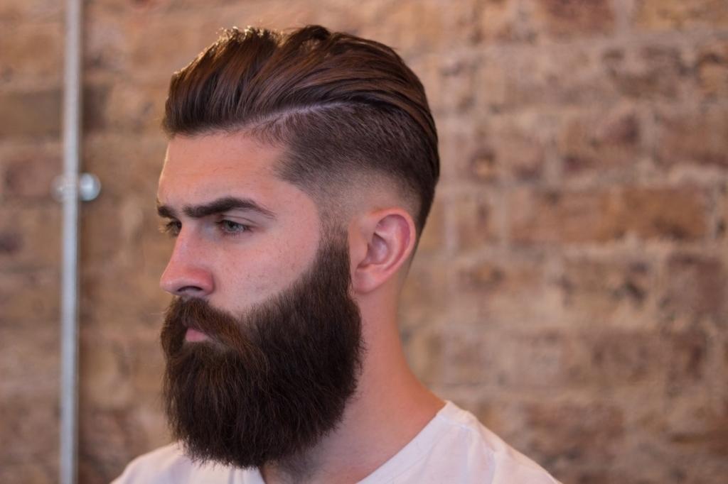 Innovative Spiked Locks And Sexy Stubble Beard In Short Beard Styles