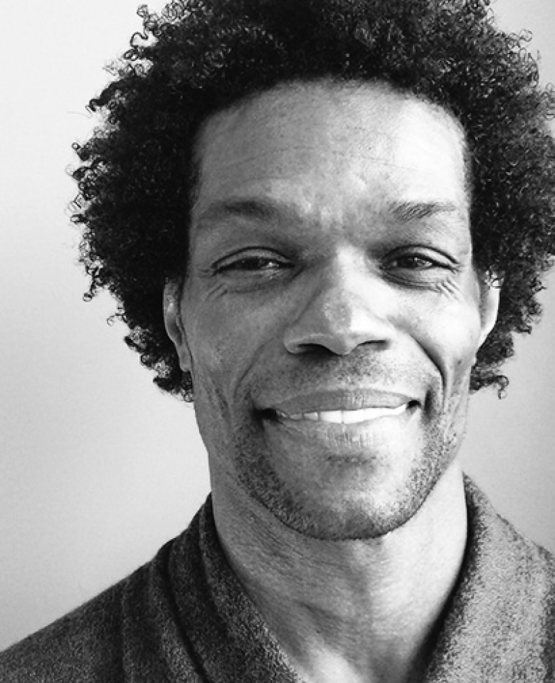 Decatur Julian Brown – Stylist